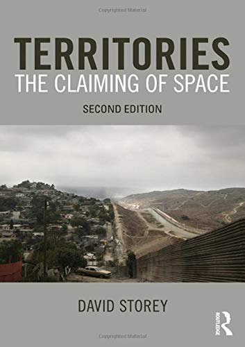 9780415575492: Territories: The Claiming of Space