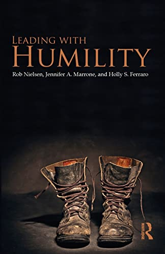 9780415807227: Leading with Humility