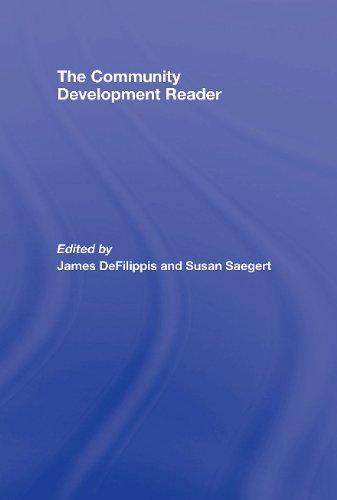 9780415954280: The Community Development Reader