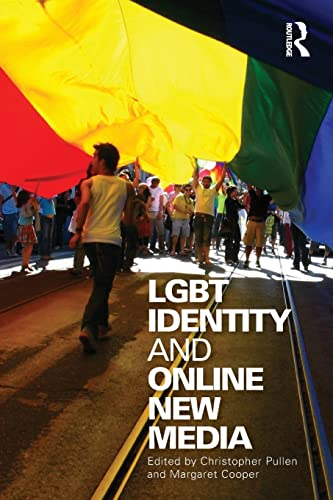 9780415998673: LGBT Identity and Online New Media