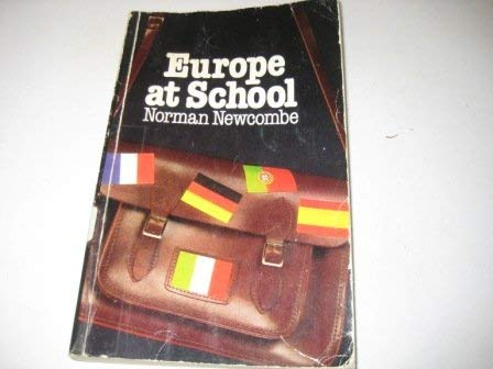 9780416828900: Europe at School: A Study in Primary and Secondary Schools in France, West Germany, Italy, Portugal and Spain (Education Paperbacks)