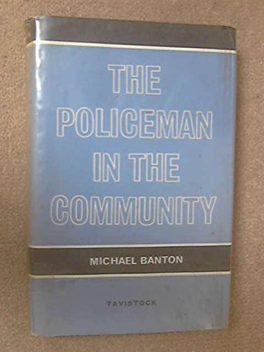 9780422711906: Policeman in the Community
