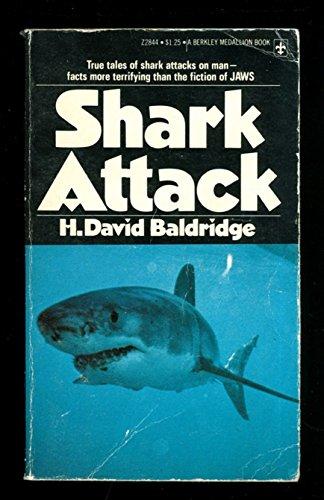 9780425028445: Shark attack