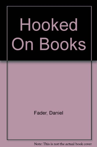 9780425033029: Hooked On Books