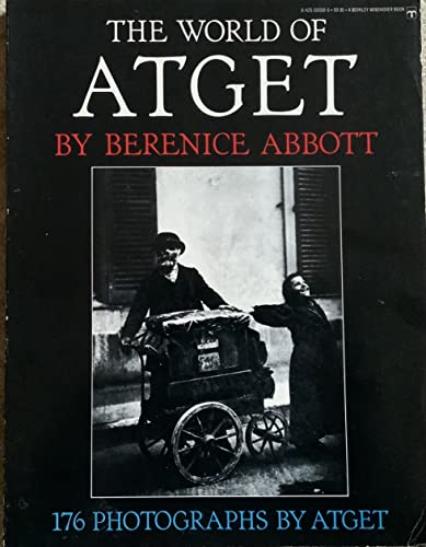 9780425035504: The World Of Atget