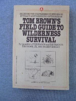 9780425077023: Tom Brown's Field Guide to Wilderness Survival (Survival school handbooks / Tom Brown, Jr)