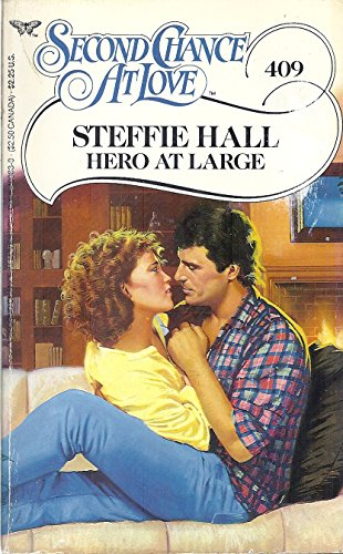 9780425100837: Hero at Large (Second Chance at Love)