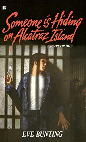 9780425102947: Someone Is Hiding on Alcatraz Island