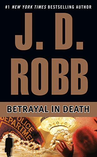 9780425178577: Betrayal in Death