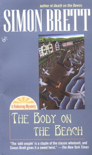 9780425181829: The Body on the Beach