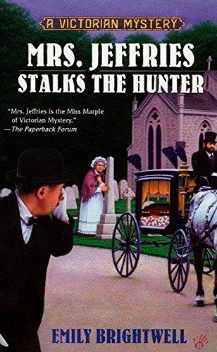 9780425198858: Mrs. Jeffries Stalks the Hunter (A Victorian Mystery)