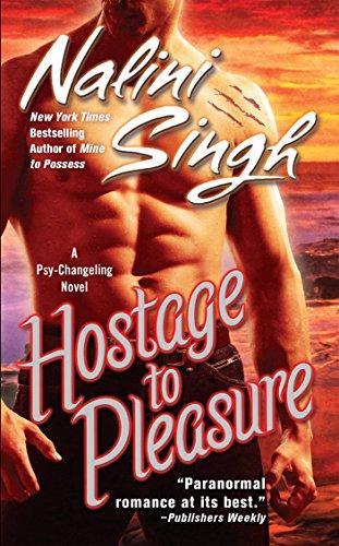 9780425223253: Hostage to Pleasure (Psy-Changelings, Book 5)