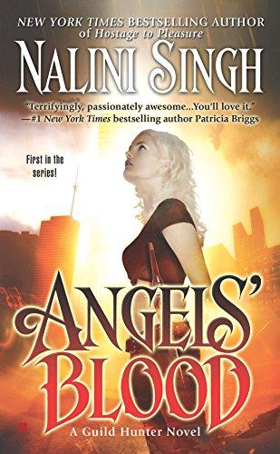 9780425226926: Angels' Blood (Guild Hunter)