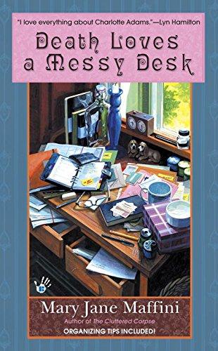 9780425228098: Death Loves a Messy Desk (Charlotte Adams, Book 3)