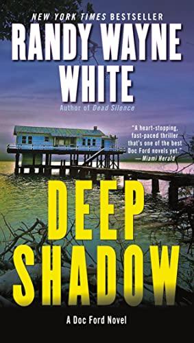 9780425240090: Deep Shadow (A Doc Ford Novel)