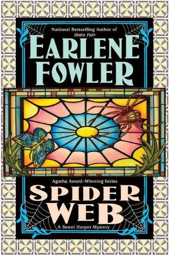 9780425240984: Spider Web (Benni Harper Mystery)