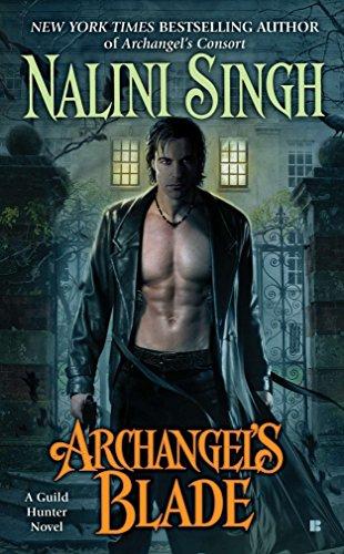 9780425243916: Archangel's Blade