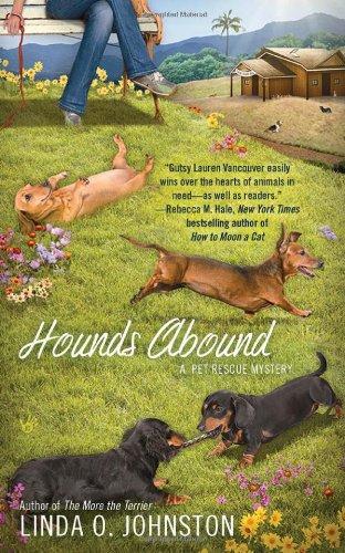 Hounds Abound (Berkley Prime Crime): Johnston, Linda O.