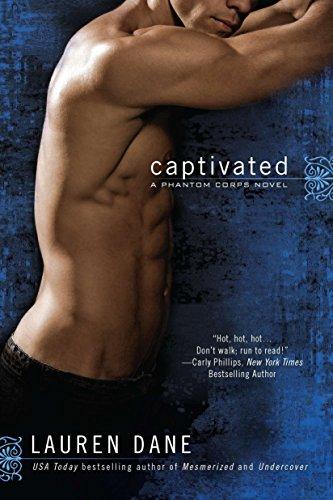9780425247365: Captivated (A Phantom Corps Novel)