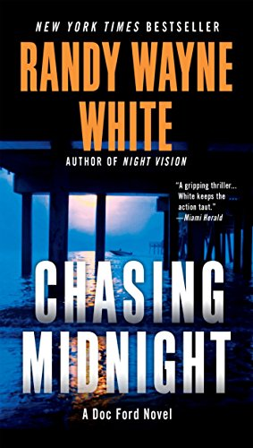 9780425250617: Chasing Midnight (A Doc Ford Novel)