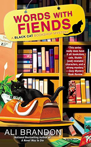 9780425252369: Words with Fiends (A Black Cat Bookshop Mystery)