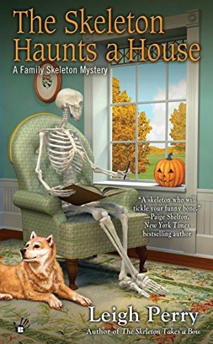 9780425255858: The Skeleton Haunts a House
