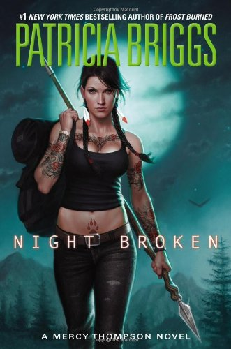 9780425256749: Night Broken (Mercy Thompson)
