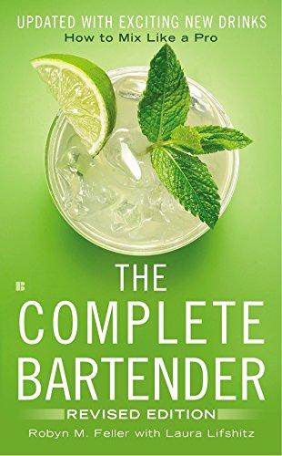 9780425279724: Complete Bartender
