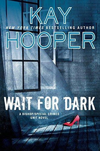 9780425280942: Wait For Dark: A Bishop/Special Crimes Unit Novel