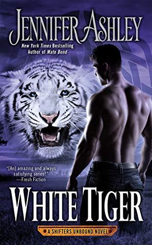 9780425281352: White Tiger (A Shifters Unbound Novel)