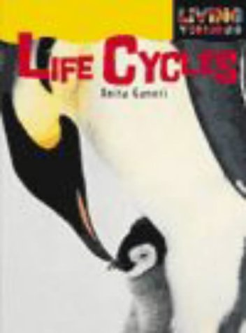9780431109237: Living Things Life Cycles cased