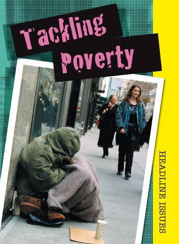 9780431162829: Tackling Poverty (Headline Issues)