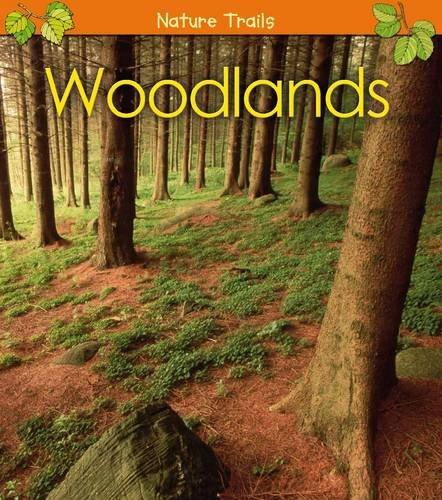 9780431172477: Woodlands (Nature Trails)