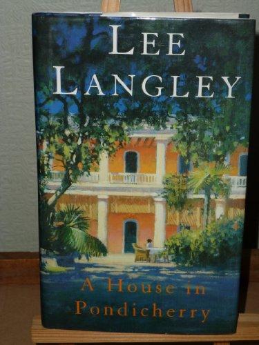 9780434000845: A House in Pondicherry