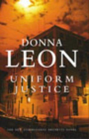 9780434007950: Uniform Justice