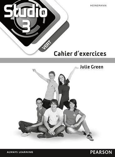 9780435031077: Studio 3 vert Workbook (pack of 8) (11-14 French)