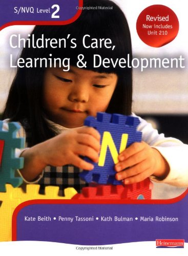 9780435448509: NVQ/SVQ Level 2 Children's Care, Learning & Development Candidate Handbook