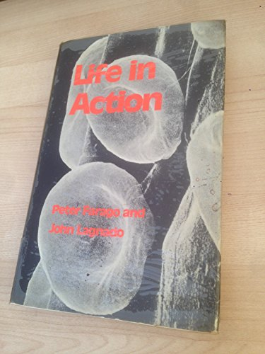 9780435663001: Life in action: An introduction to biochemistry