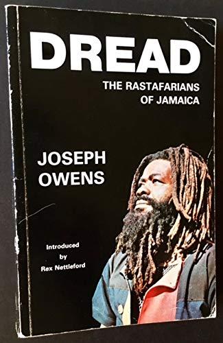 9780435986506: Dread: Rastafarians of Jamaica