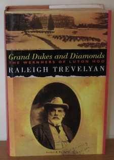 9780436534041: Grand Dukes and Diamonds: Wernhers of Luton Hoo