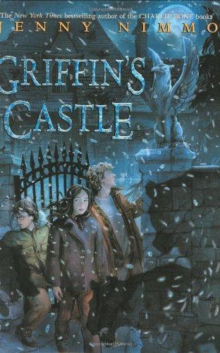 9780439025546: Griffin's Castle