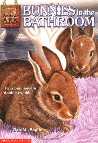 9780439097000: Bunnies in the Bathroom (Animal Ark Series)