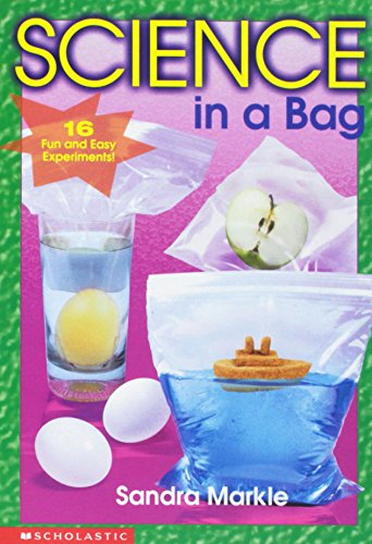 9780439137010: Science in a bag