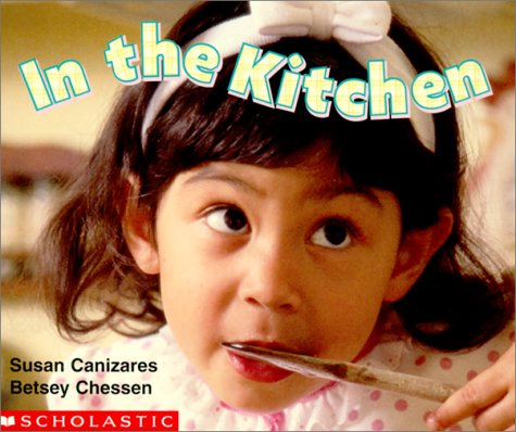 9780439155212: In the Kitchen (My First Library)