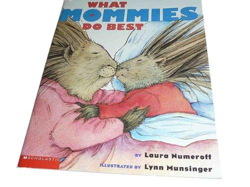 9780439186926: What Mommies Do Best / What Daddies Do Best