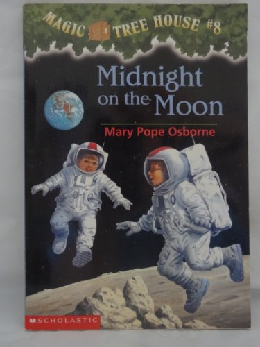 9780439227483: Midnight on the Moon (Magic Tree House #8)