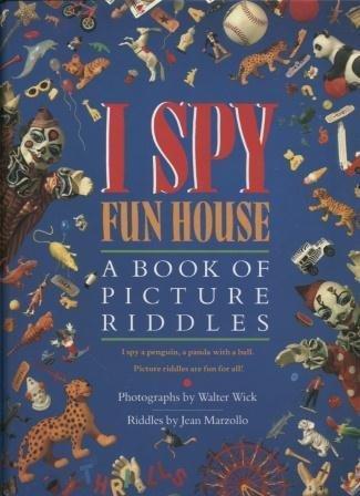 9780439252461: I Spy Fun House