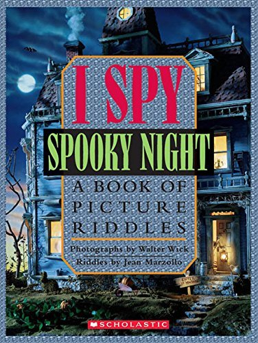 9780439252492: I Spy Spooky Night...A Book Of Picture Riddles