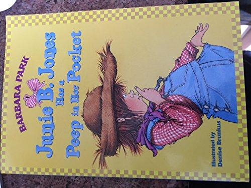 9780439288798: Junie B. Jones Has a Peep in Her Pocket
