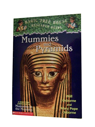 9780439318600: Mummies and Pyramids (Magic Tree House Research Guide)